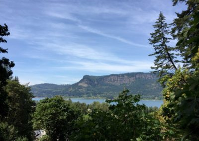 multnomah-falls-oregon-hiking-trail-10