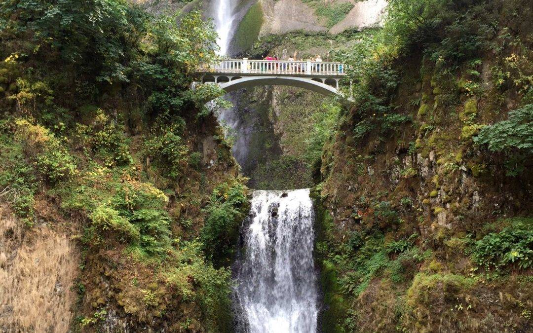 Multnomah Falls Oregon Trail Loop
