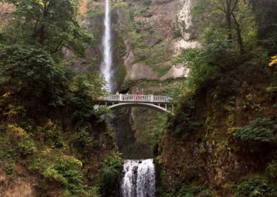 multnomah-falls-oregon-hiking-trail-6