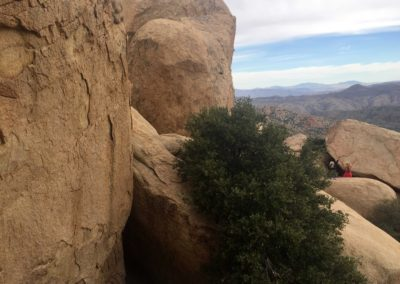 Pinnacles-Peak-Lake-Arrowhead-Hiking-Trail-3