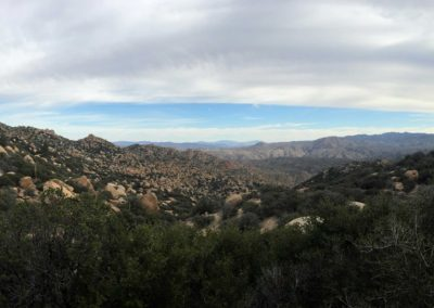 Pinnacles-Peak-Lake-Arrowhead-Hiking-Trail-6