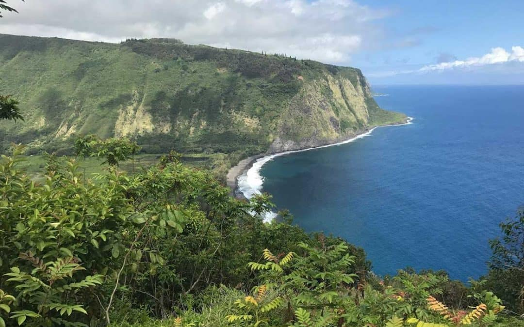 Hawaii Hikes | Waipio Valley Beach Hiking Trail