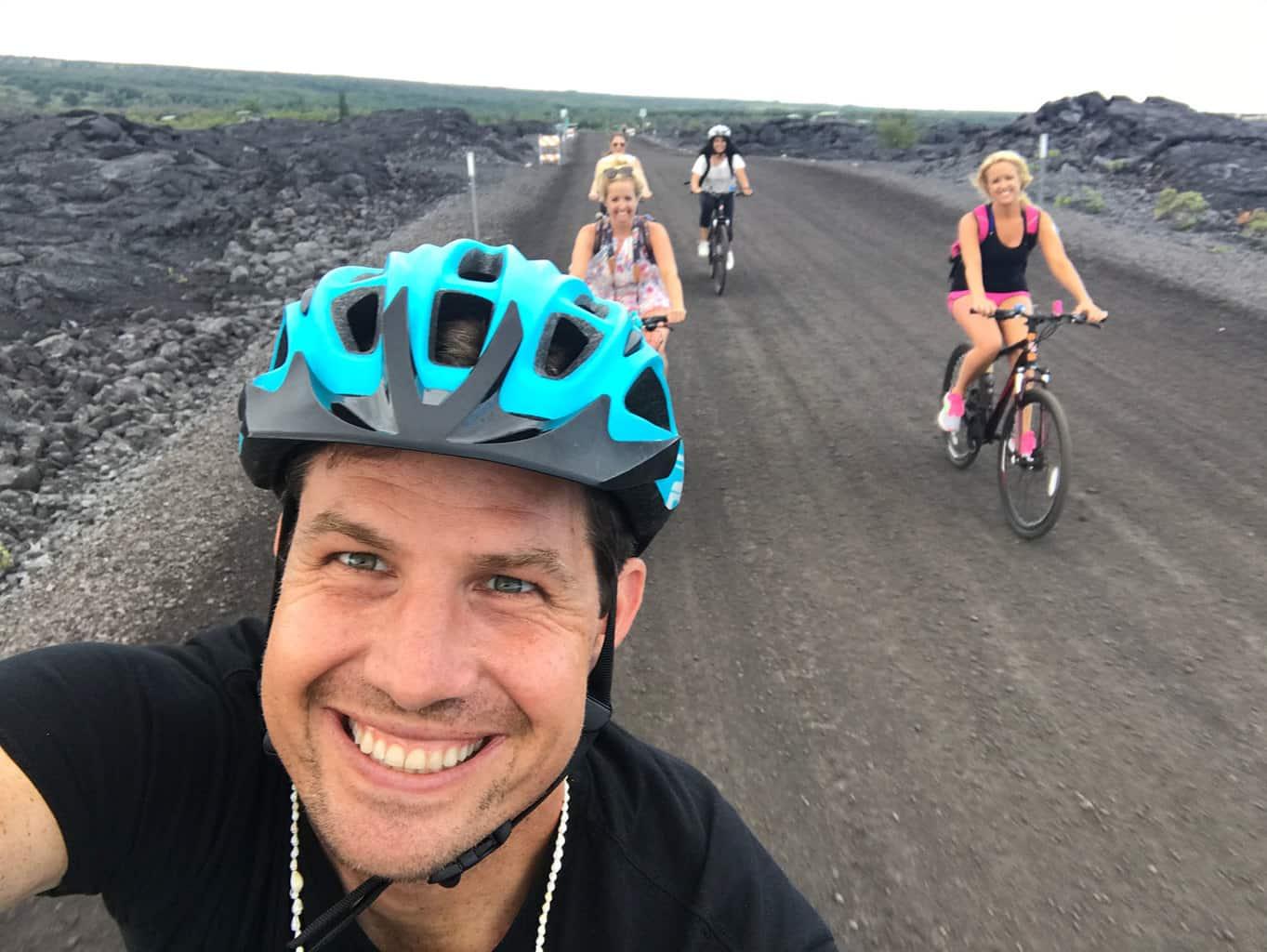 Volcano-National-Park-Hawaii-Hiking-Trail-23
