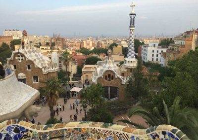 park-guell-gaudi-barcelona-spain-easy-hiking-trail-10