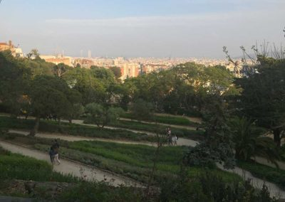 park-guell-gaudi-barcelona-spain-easy-hiking-trail-17