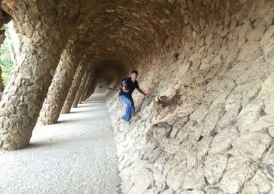 park-guell-gaudi-barcelona-spain-easy-hiking-trail-23