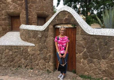park-guell-gaudi-barcelona-spain-easy-hiking-trail-3