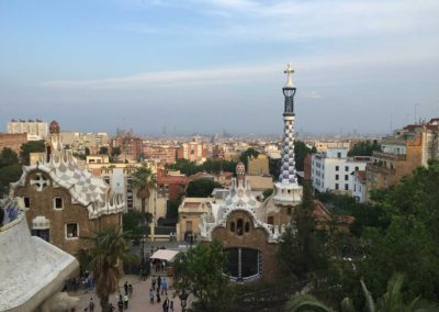 park-guell-gaudi-barcelona-spain-easy-hiking-trail-30