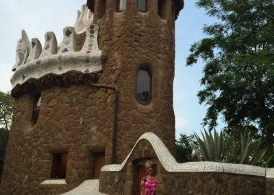 park-guell-gaudi-barcelona-spain-easy-hiking-trail-34