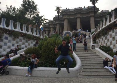 park-guell-gaudi-barcelona-spain-easy-hiking-trail-4