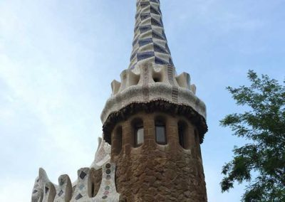 park-guell-gaudi-barcelona-spain-easy-hiking-trail-9