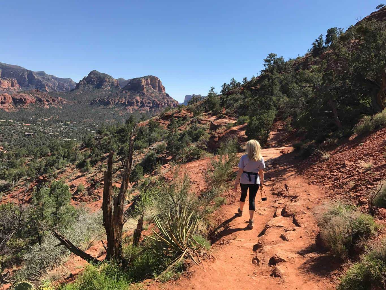 old airport mesa trail loop, airport trail loop, sedona arizona hike, things to see in sedona, best places to hike in arizona, where to hike in sedona, best places to hike, sedona az hikes, vortex hikes