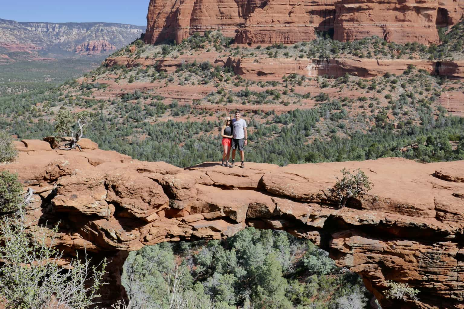sedona-hiking-trail-devils-bridge-23