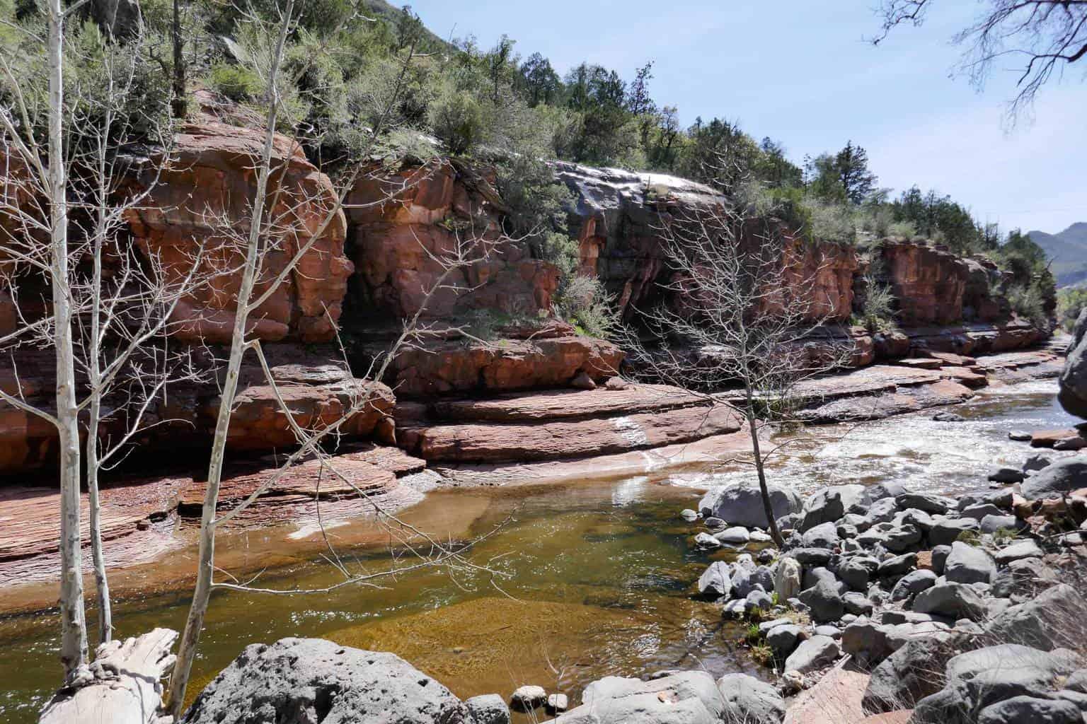 Tanque Verde Falls Trail: Waterfalls, pools & boulders in