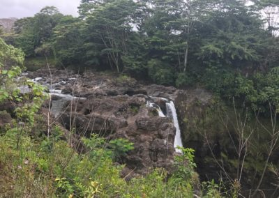 rainbow-falls-hiking-trail-hawaii-hikes-3