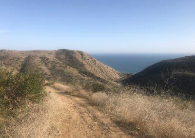 malibu-hiking-trail-solstice-canyon-santa-monica-mountains-2